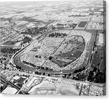 Aerial Of Indy 500 Canvas Print by Underwood Archives