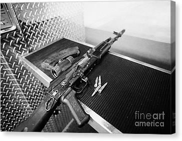 Ak47 Assault Rifle Magazine And Ammunition At A Gun Range In Las Vegas Nevada Usa Canvas Print by Joe Fox