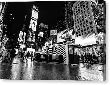 Alternate View Of Times Square  Canvas Print by John Farnan