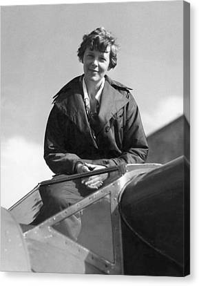 Amelia Earhart In Cockpit Canvas Print by Underwood Archives