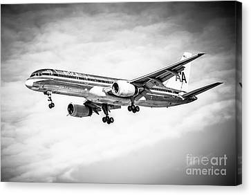 Amercian Airlines 757 Airplane In Black And White Canvas Print by Paul Velgos