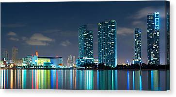 American Airlines Arena And Condominiums Canvas Print by Carsten Reisinger
