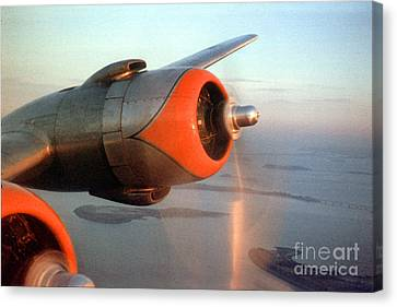 American Airlines Douglas Dc-6 Propellers In Flight Canvas Print by Wernher Krutein
