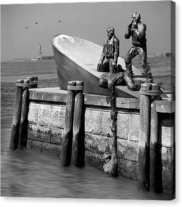 American Merchant Mariners Memorial Canvas Print by Mike McGlothlen