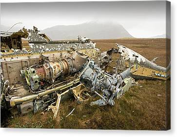 An Argentinian Puma Helicopter Canvas Print by Ashley Cooper