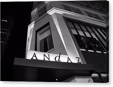 Andaz Hotel On 5th Avenue Canvas Print by Dan Sproul