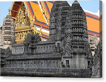 Angkor Wat Model - Grand Palace In Bangkok Thailand - 01132 Canvas Print by DC Photographer