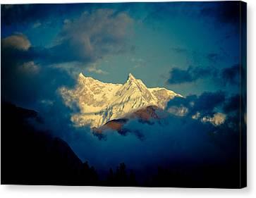 Annapurna Holy Mountain In Himalyas Canvas Print by Raimond Klavins