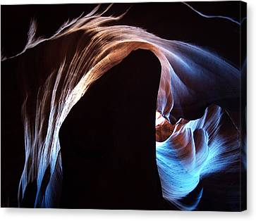 Antelope Canyon 09 Canvas Print by Jeff Brunton