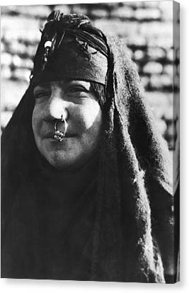Arab Woman With Nose Ring Canvas Print by Underwood Archives