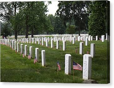 Arlington National Cemetery - 01132 Canvas Print by DC Photographer