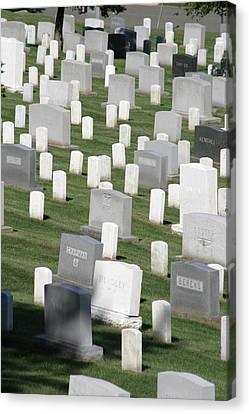 Arlington National Cemetery - 12122 Canvas Print by DC Photographer