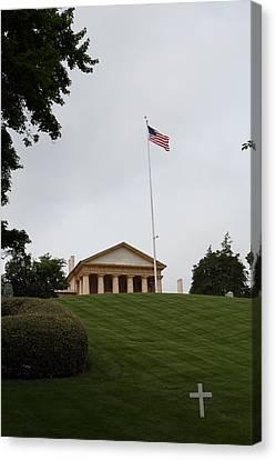 Arlington National Cemetery - Arlington House - 01132 Canvas Print by DC Photographer