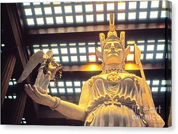 Athena And Nike Sculpture Canvas Print by Jerry Grissom