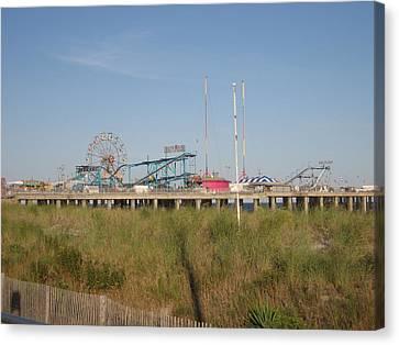 Atlantic City - 12121 Canvas Print by DC Photographer
