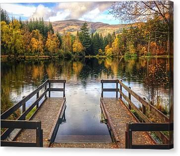 Autumn In Glencoe Lochan Canvas Print by Dave Bowman