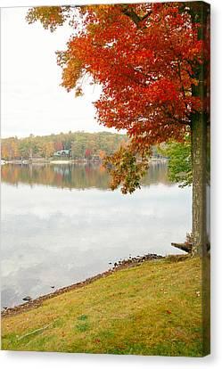 Autumn Morning At The Lake - Pocono Mountains - Pennsylvania Canvas Print by Vivienne Gucwa