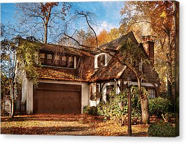 Autumn - Westfield Nj - Lost In The Woods Canvas Print by Mike Savad