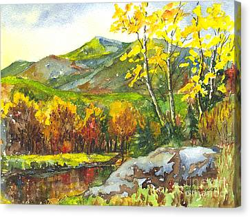 Autumn's Showpiece Canvas Print by Carol Wisniewski