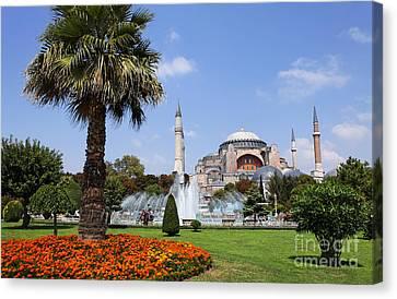 Aya Sofya And Gardens Istanbul Canvas Print by Robert Preston