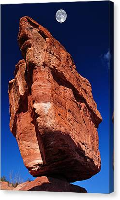 Balanced Rock At Garden Of The Gods With Moon Canvas Print by John Hoffman
