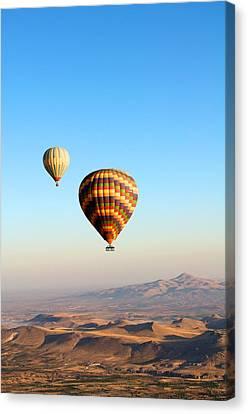 Balloon Canvas Print by Ernesto Cinquepalmi