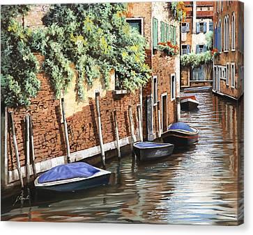 Barche A Venezia Canvas Print by Guido Borelli