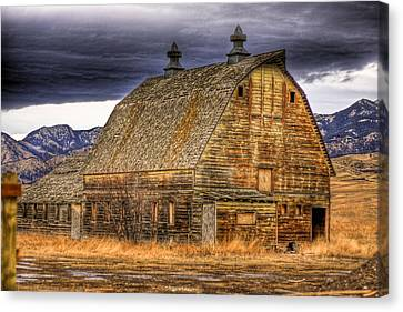 Barn Canvas Print by George Tillman
