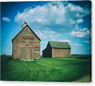Barns In Illinois Canvas Print by Mountain Dreams