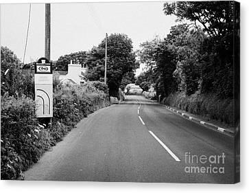 Barre Garroo On The Isle Of Man Tt Course Iom Canvas Print by Joe Fox