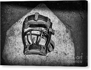Baseball Catchers Mask Vintage In Black And White Canvas Print by Paul Ward