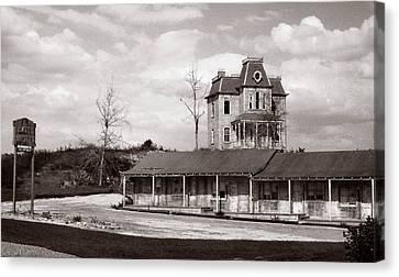 Bates Motel Fl Canvas Print by Bruce Lennon