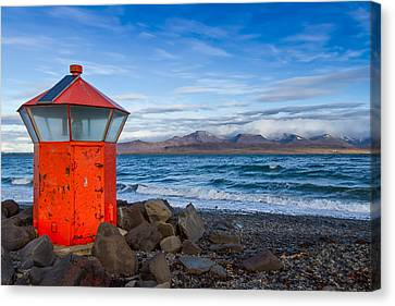 Beacon At Hvaleyrarviti In Iceland Canvas Print by Andres Leon