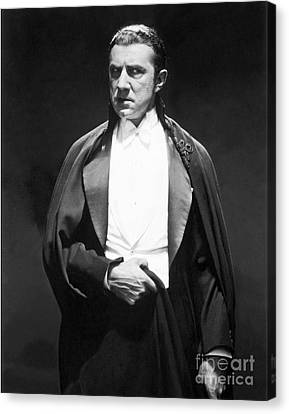 Bela Lugosi - Dracula Canvas Print by MMG Archives