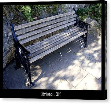 Bench 12 Canvas Print by Roberto Alamino