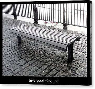 Bench #25 Canvas Print by Roberto Alamino