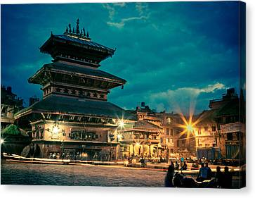 Bhaktapur At Night In Old Town Canvas Print by Raimond Klavins