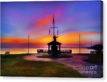 Bicentennial Park In Swansboro Canvas Print by Benanne Stiens