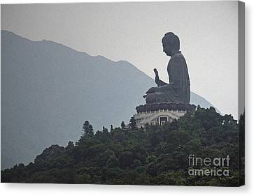 Big Buddha In Hong Kong Canvas Print by Lars Ruecker