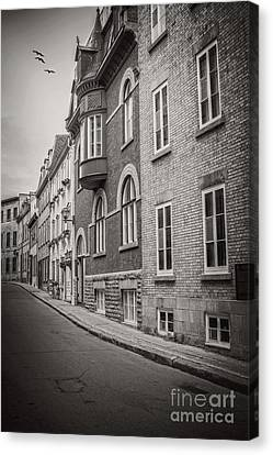 Black And White Old Style Photo Of Old Quebec City Canvas Print by Edward Fielding
