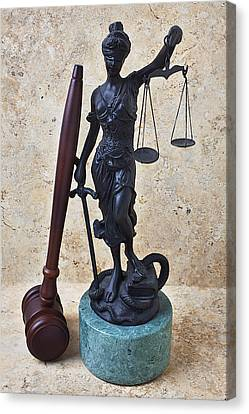 Blind Justice Statue With Gavel Canvas Print by Garry Gay