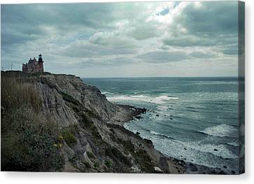 Block Island South East Lighthouse Canvas Print by Skip Willits