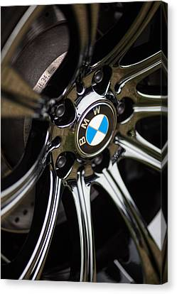 Bmw M5 Black Chrome Wheels Canvas Print by Mike Reid