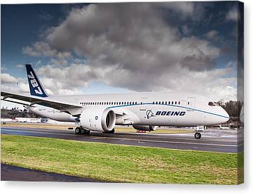Boeing Dreamliner 787 Canvas Print by Puget  Exposure