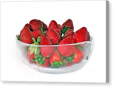 Bowl Of Strawberries Canvas Print by Kaye Menner