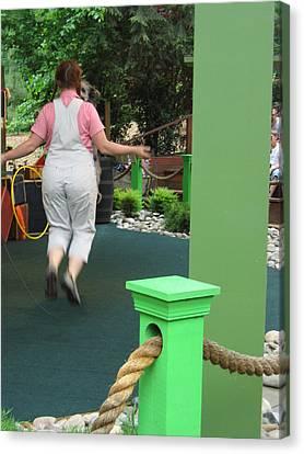 Busch Gardens - Animal Show - 121234 Canvas Print by DC Photographer