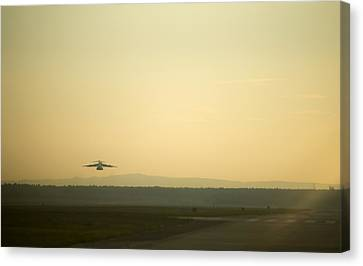 C17 Special Delivery Canvas Print by Senior Airman Damon Kasberg