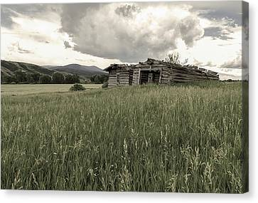 Cabins In Sync Canvas Print by Stellina Giannitsi