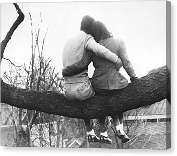 Lovers Out On A Limb Canvas Print by Underwood Archives