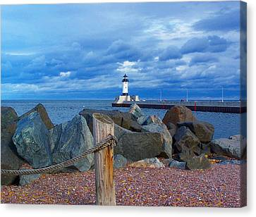 Canal Park Lighthouse Canvas Print by Steve Anderson